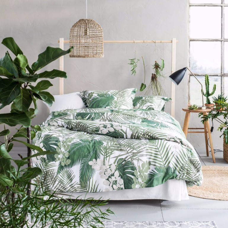 Bedroom Inspiration Summer Trends 2017 Bedroom Inspiration With Tropical Design Beautiful Rug And Textiles Tropical