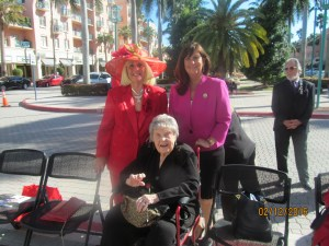 Charlotte Beasley, Mayor Susan Haynie and Countess DeHoernle