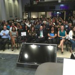 """Hundreds of Brazilian entrepreneurs at  the """"How to Take on Florida"""" Guide event"""