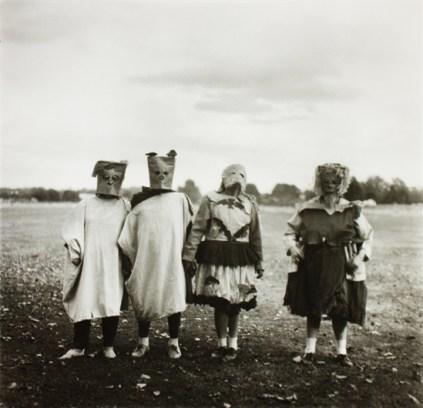 diane-arbus-untitled-4-photographs-gelatin-silver-print