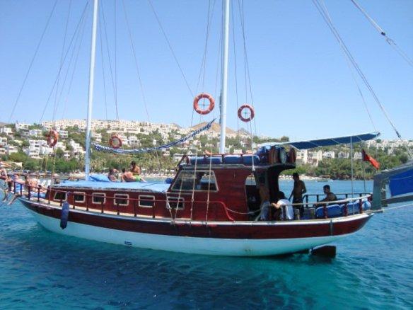 Destiny Boat in Turgutreis