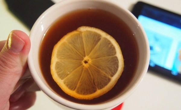 Lemon tea for colds