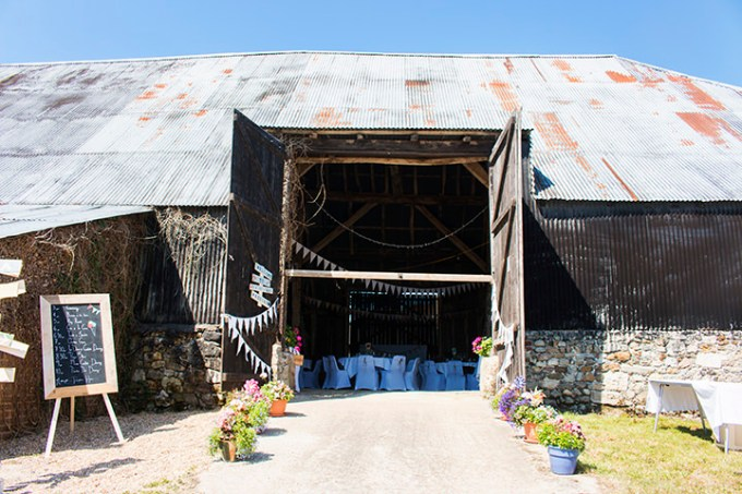 Rhian and Daniel's Pretty Pastel Barn Wedding on Hayling Island by Katie Winter Photography