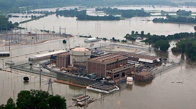 In this June 14, 2011  photo, the Fort Calhoun nuclear power station, in Fort Calhoun, Neb.,was surrounded by flood waters from the Missouri River.jpg