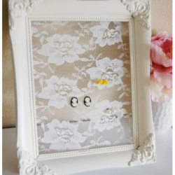 Shabby Chic Lacy Earring Holder