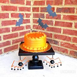 Halloween in a Hurry: Bat Cake Toppers