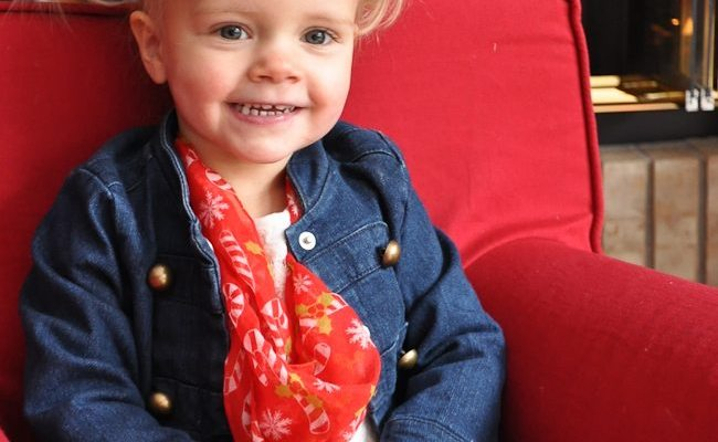 How to Make a Holiday Toddler Infinity Scarf in a Hurry