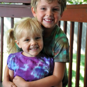 How to Tie Dye with Kids-4