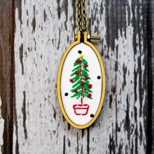 Embroidered-Christmas-Tree-Necklace