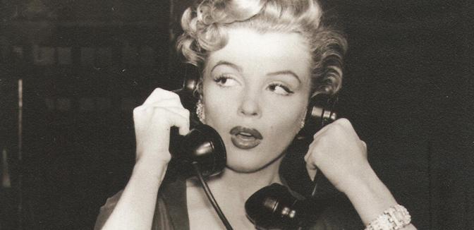 marilyn-monroe-phone-agony-aunt
