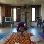 legende-photo-les-postures-du-yoga-certaines-faciles_1899334_667x333