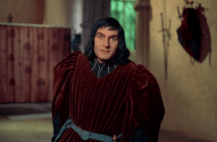 Laurence Olivier as Richard III