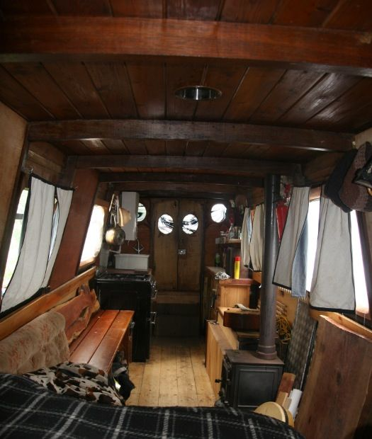 Beautiful And Comfortable Boat Interior Designs To Make Your Mouth     boat interiors 5