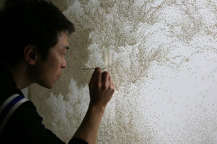 puntillismo-agujeros-incienso-papel-arroz-jihyun-park (1)
