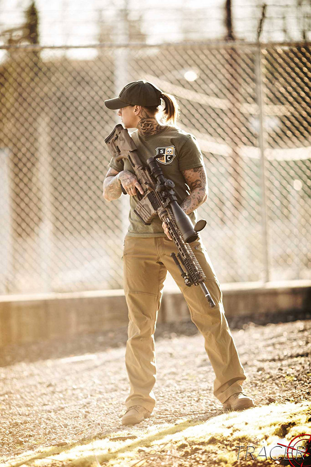 veteranos-ejercito-entrenamiento-guardabosques-africanos-vetpaws-kinessa-johnson (9)