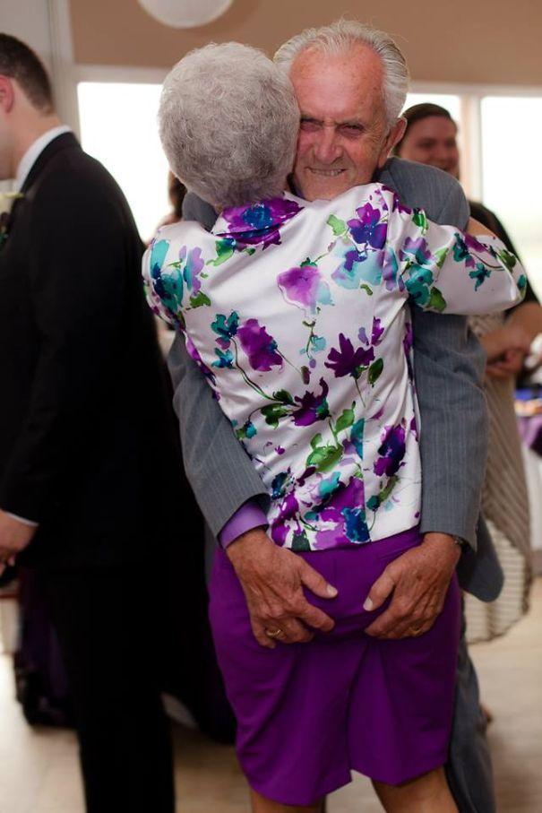 parejas-ancianas-divirtiendose (2)