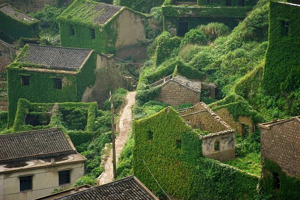 aldea-abandonada-naturaleza-china (2)