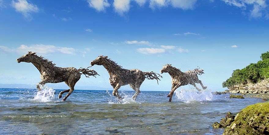 esculturas-criaturas-madera-deriva-james-doran-webb (21)