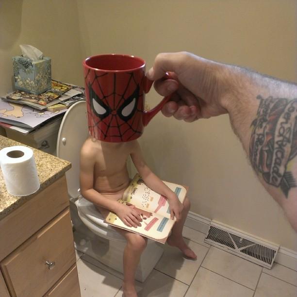 hijos-superheroes-tazas-desayuno-lance-curran (15)