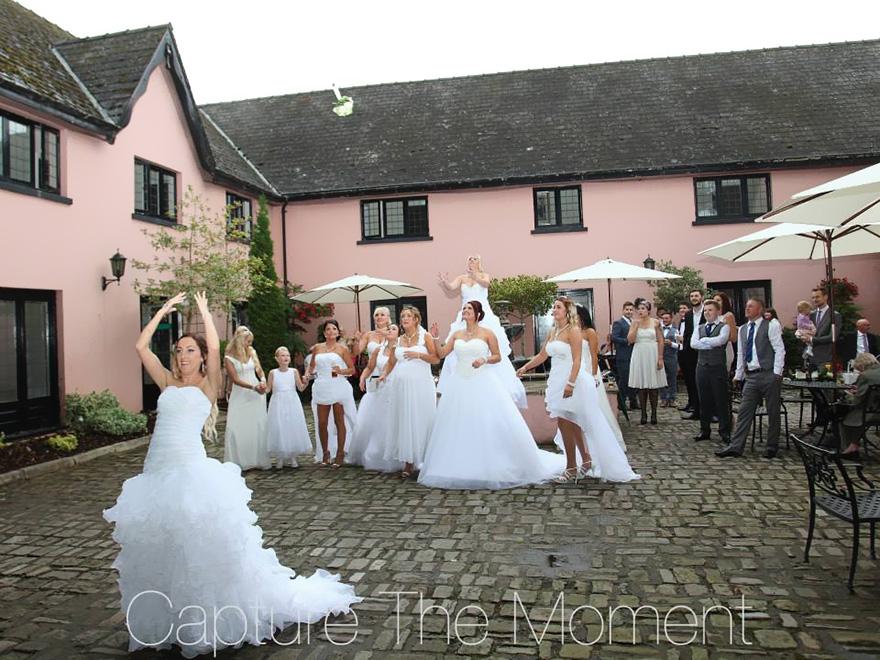 boda-gay-vestidos-novia-damas-honor-ben-deri-rogers-wood (2)