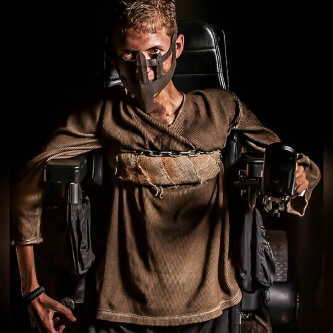 cosplay-mad-max-silla-ruedas-ben-carpenter (1)