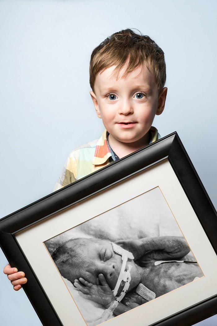 retratos-bebes-prematuros-les-premas-red-methot (14)