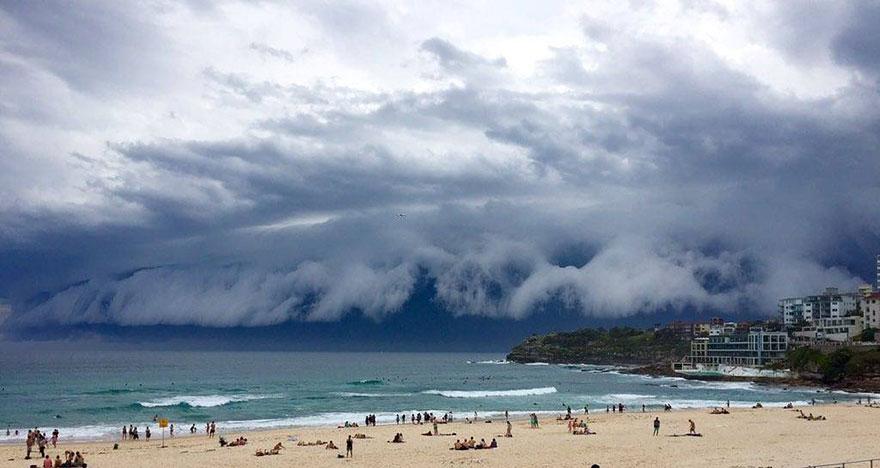enorme-tsunami-nubes-sydney-australia (2)