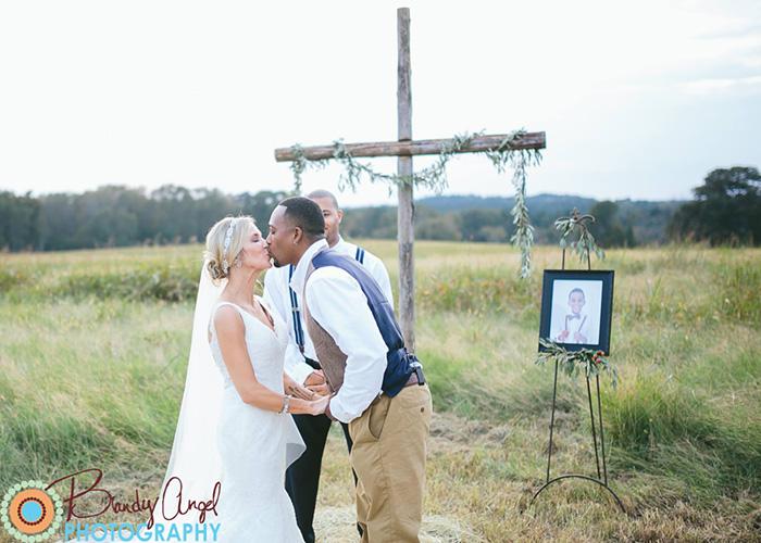 fotos-boda-hijo-lake-fallecido-anna-thompson (4)