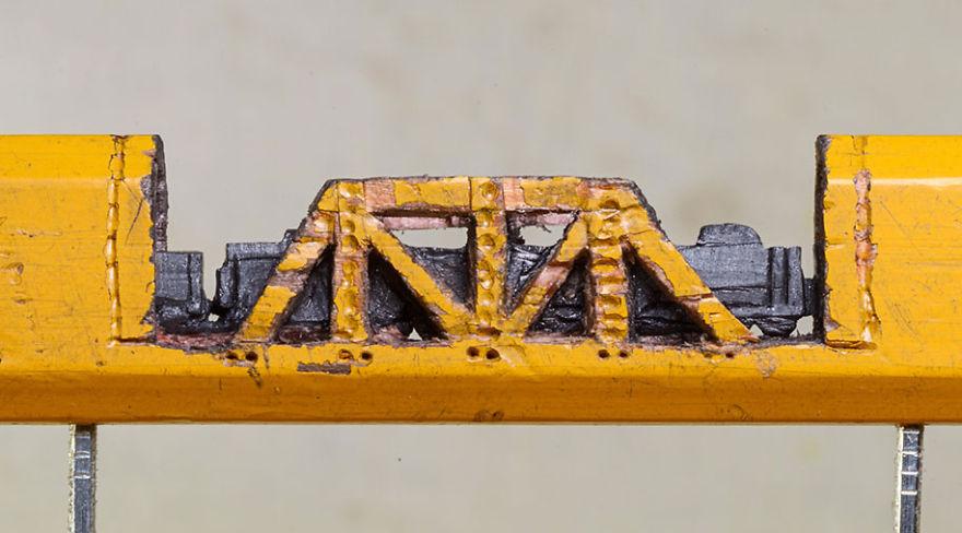 tren-diminuto-tallado-lapiz-cindy-chinn (1)