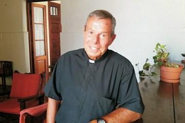Padre Juan Marcos Esperón