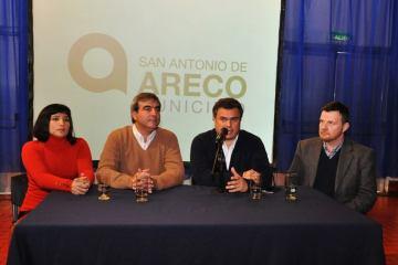 Conferencia de Prensa - Salón Guerrico