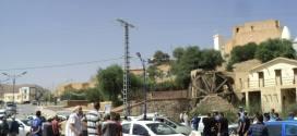 احتجاج بفتح الطريق الابط بحي لومامين ببوسعاة