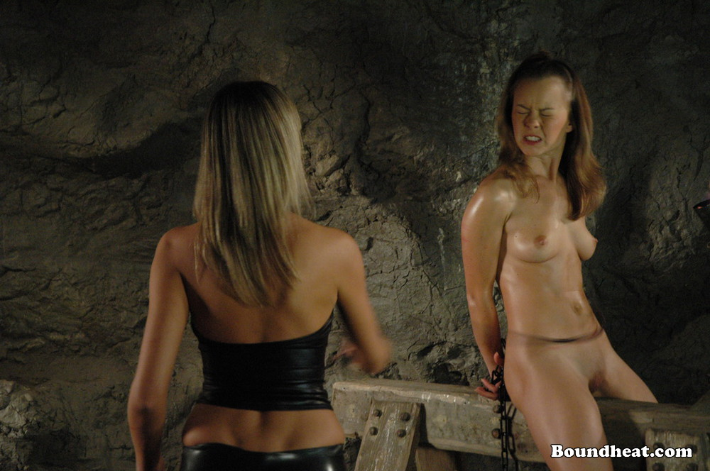 roman slave women auctioned