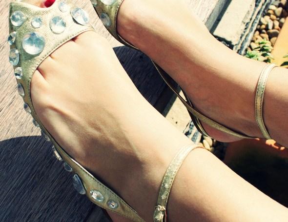 _jeffrey_campbell_jewel_sandals_nu_pieds