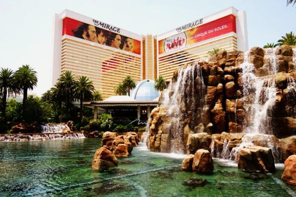 las vegas the mirage hotel beatles fountain_effected