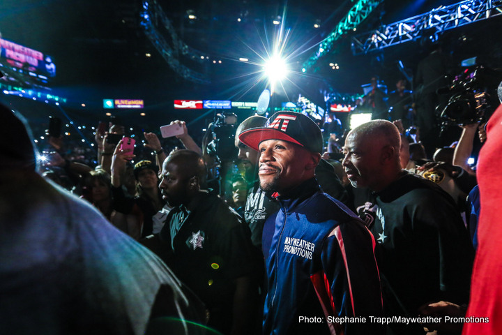 1-MAYPAC WEIGH IN-TRAPPFOTOS-4815