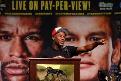 Floyd Mayweather Jr. Announces Fight Against Marcos Maidana
