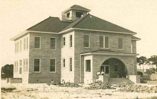 1913 Schoolhouse