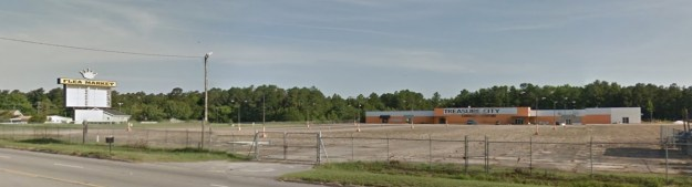 Anybody remember Treasure City, right across the highway from the Florence Airport?