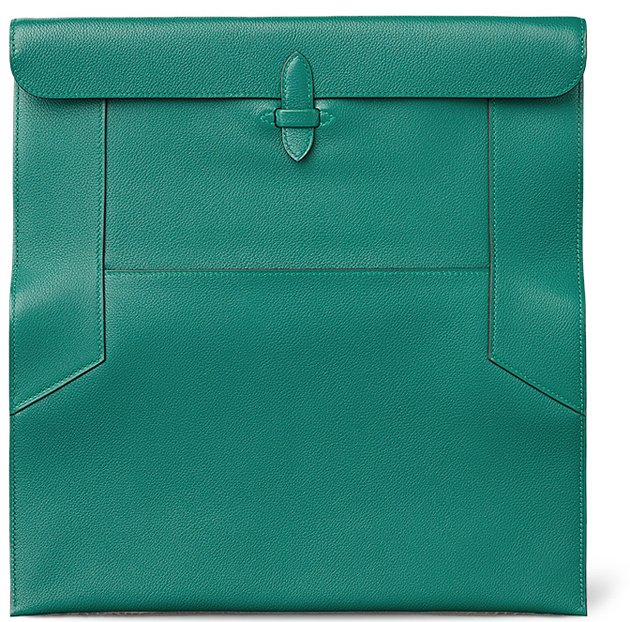 ... also reminds me of lunch bag). Made from ever-color calfskin 126b46411