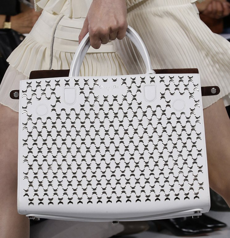 Dior-Spring-Summer-2016-Runway-Bag-Collection-Featuring-New-Duffle-Bag-Bag-2