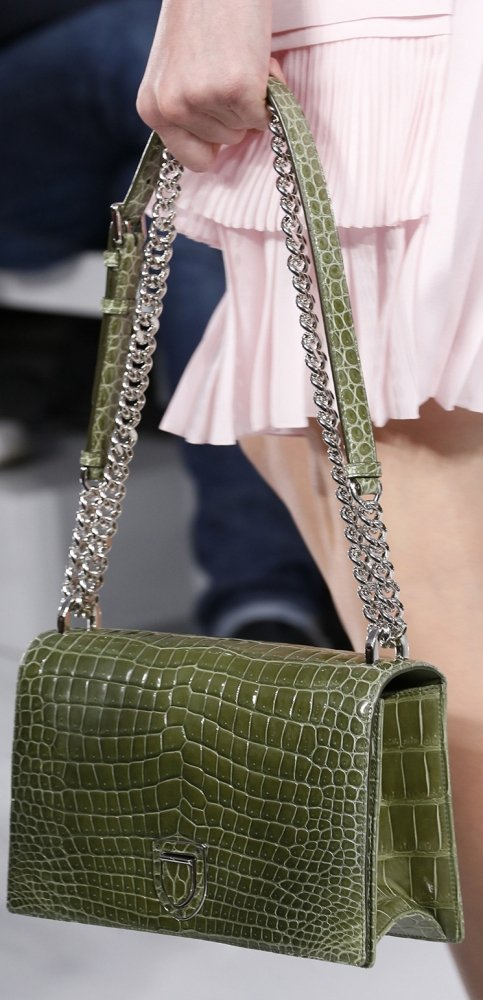 Dior-Spring-Summer-2016-Runway-Bag-Collection-Featuring-New-Duffle-Bag-Bag-3