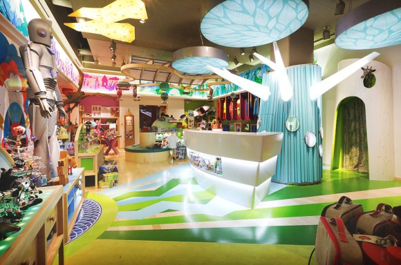 JouJou Retail Interior Design 03