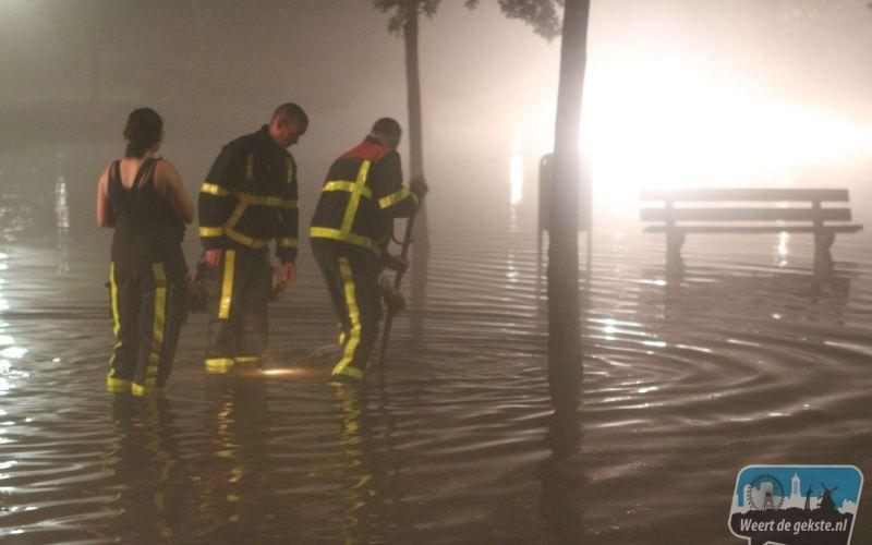 Brandweer Nederweert 11 uur in touw door storm