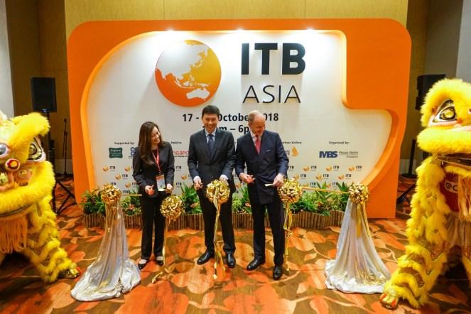 ITB-ASIA-2018_RIBBON-CUTTING_01