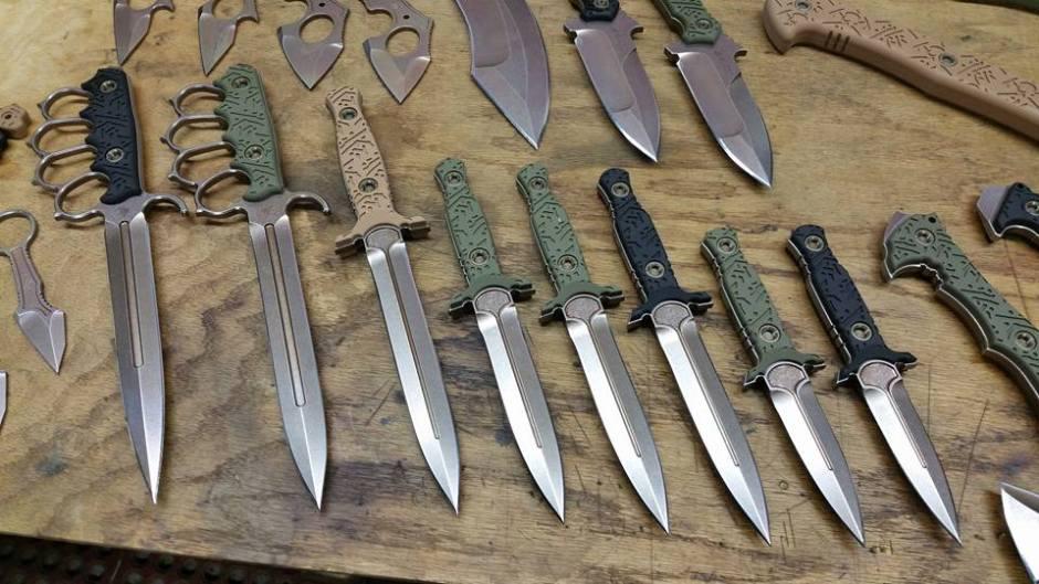 American Kami - daggers