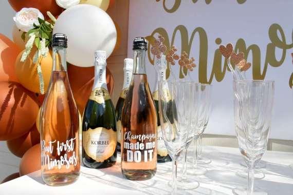 Morning-Mimosa-Bridal-Shower-Champagne