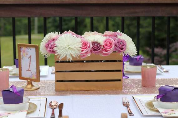 Garden-of-Romance-Bridal-Shower-Guest-Seating
