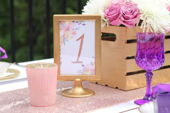 Garden-of-Romance-Bridal-Shower-Pink-Candle