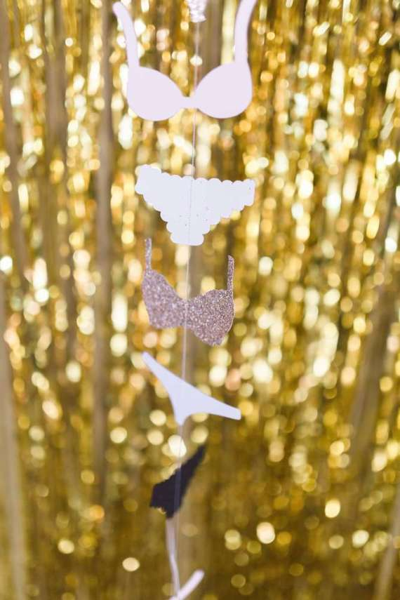 Golden-Glamour-Bridal-Party-Hanging-Decorations